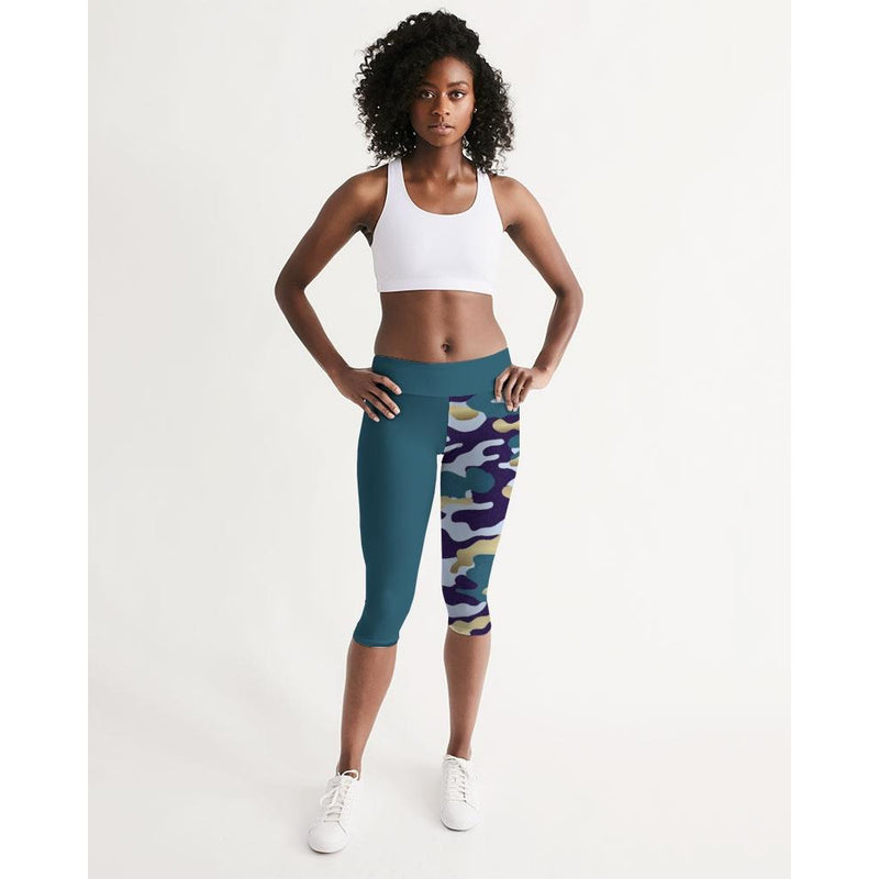 FIND YOUR COAST ACTIVE COMFORT PACIFIC SUPPLY CAMO MID-RISE CAPRI LEGGINGS