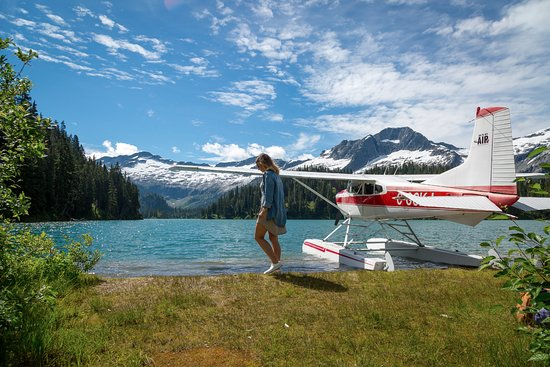 Glaciers | Glacial Lake | Float Plane | Vancouver | Livv Adventures