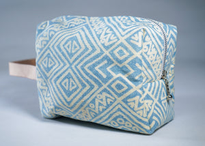 Make up Bag : Blue and White Tribal - KNOW INDO