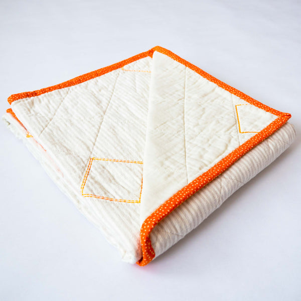 YOUNG FAM ORANGE SQUARES QUILT - COTTON