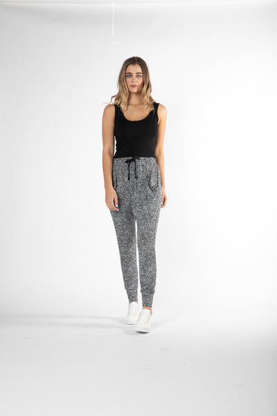 Betty Basics Barcelona Pant Hello Pattern