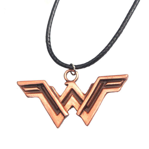 DC Comic fans check out the wonder Woman pendant rope style, metal wonder woman piece.