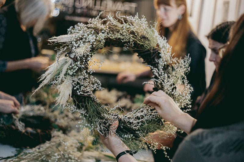 Travelling Basket Journal - Dried Flower Seasonal Wreath Making Workshop Edinburgh - photo 15