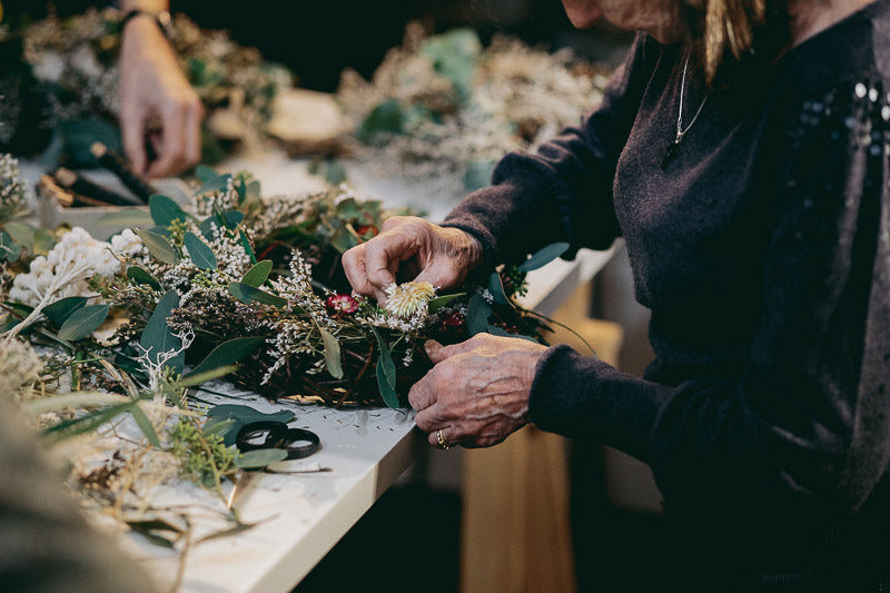 Travelling Basket Journal - Dried Flower Seasonal Wreath Making Workshop Edinburgh - photo 17