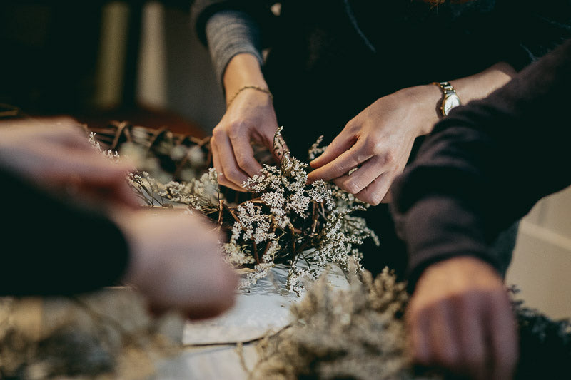 Travelling Basket Journal - Dried Flower Seasonal Wreath Making Workshop Edinburgh - photo 9