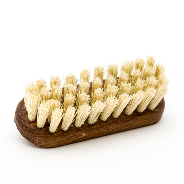 Oiled Oak & Tampico Bristle Nail Brush