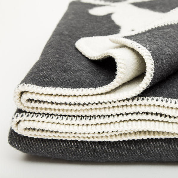 Double Weave Wool Blanket - Moose - Charcoal Grey - 200cm x 130cm - Close up