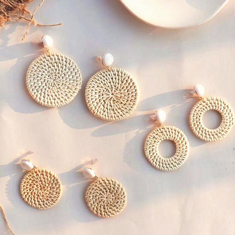Dot Line Earrings