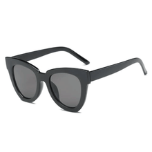 Load image into Gallery viewer, The De Sol Sunglasses Black Sunglasses Black   - Super Cool Supply Store