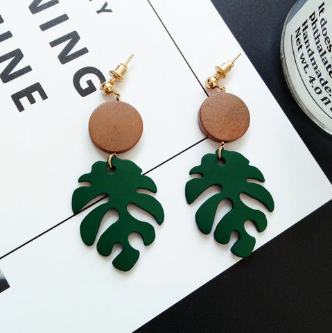 The Evermore Wood Circle Earrings
