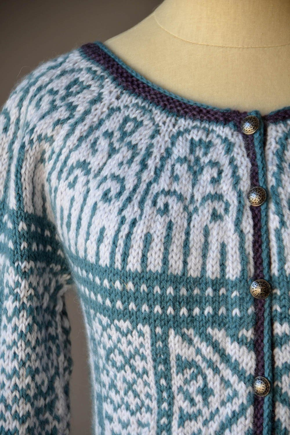 Three Colors Sweater