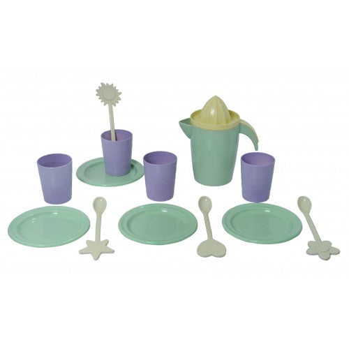 """I AM GREEN"" Dinner Set For 4"