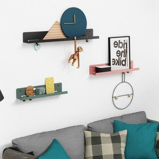 Arne | Scandinavian Folded Metal Shelf