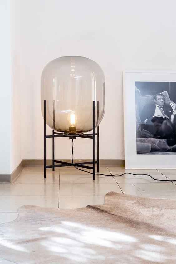 Asmund | Glass Table Lamp - Home Cartel ®