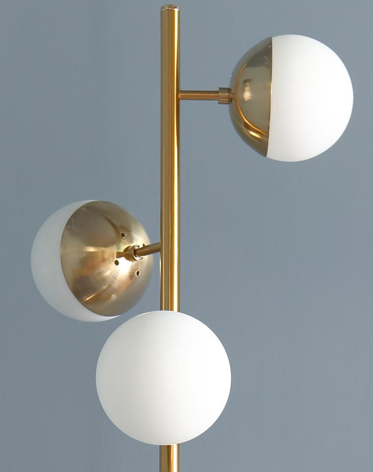 Oxenfurt | Brass with Frosted Spheres Floor Lamp