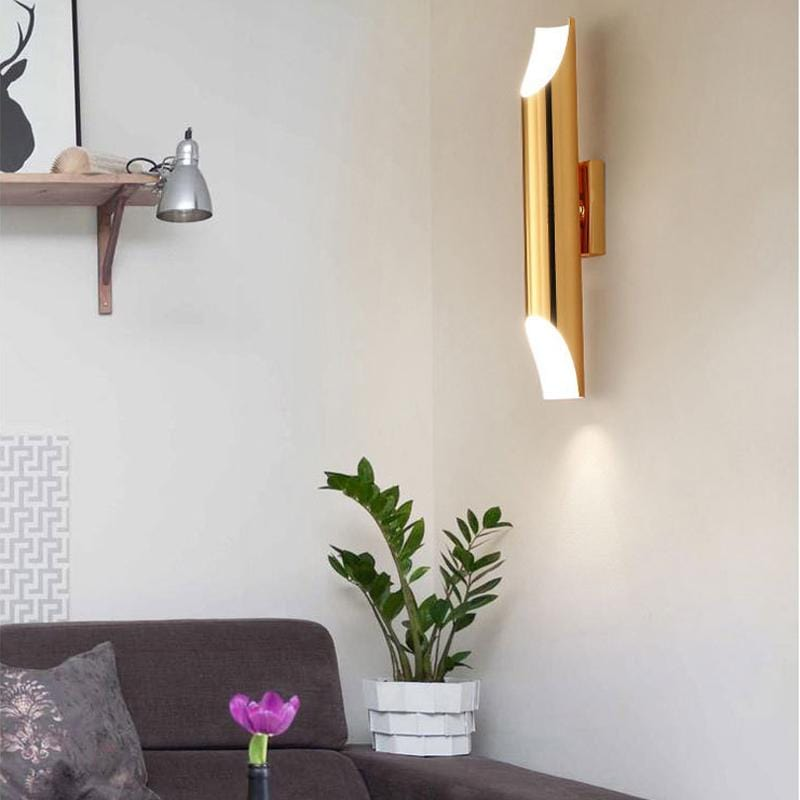 Caris | Modern Wall Sconce