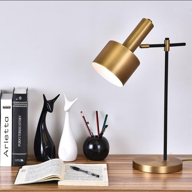 Hugi | Modern Table Lamp