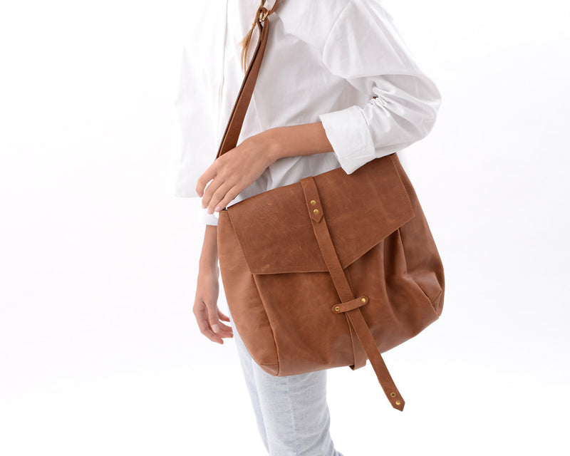 Hobo Bag in Brown