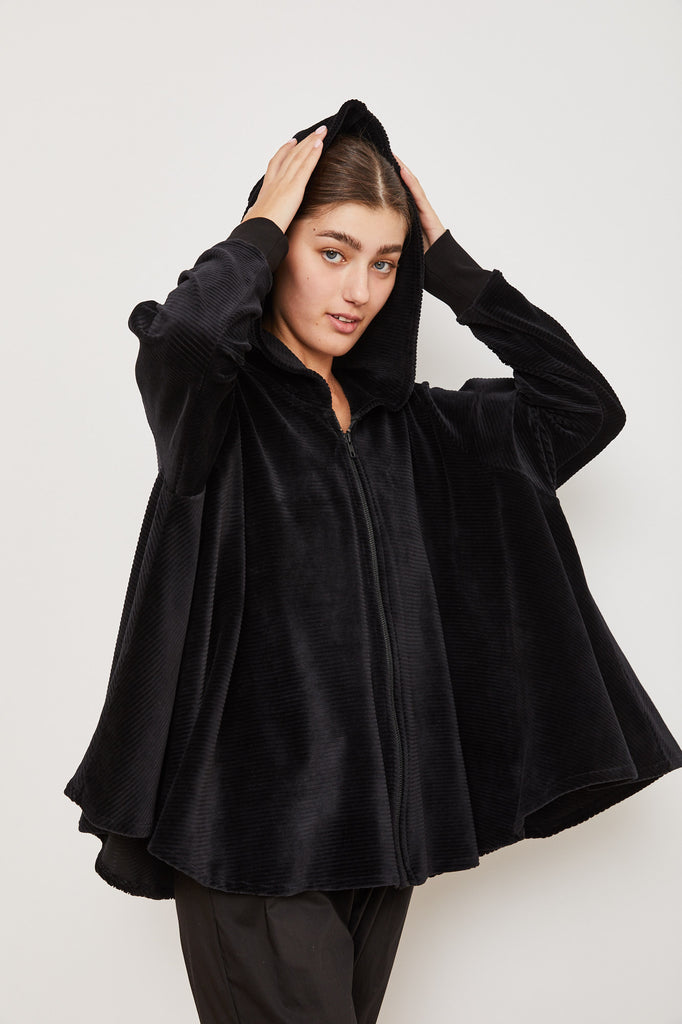 Winter 2021 - The Bun zip up hoodie - black velvet