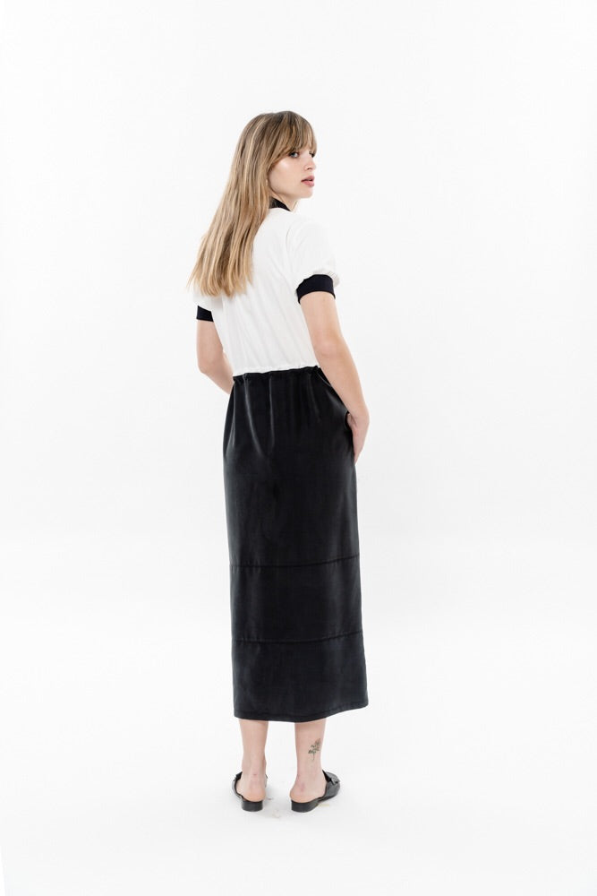 MIDI DRESS - BLACK AND WHITE