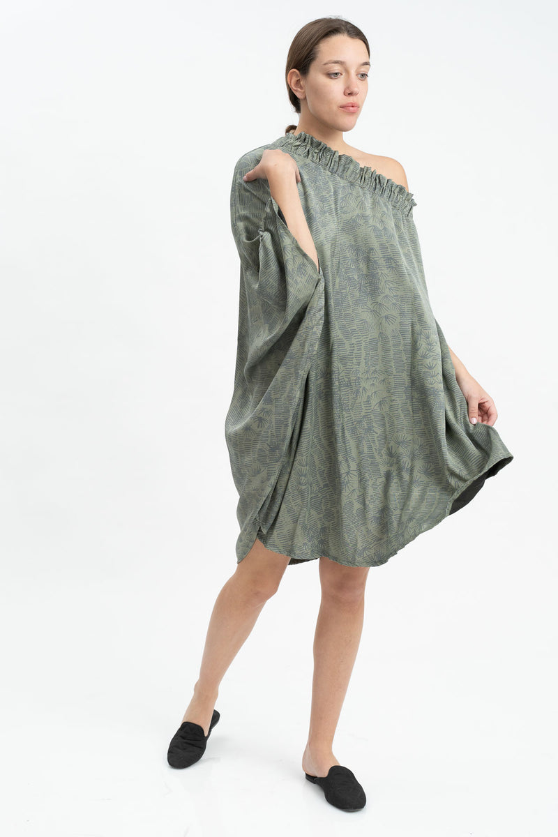 Outlet-  Winter 20- Cheers Dress - Green