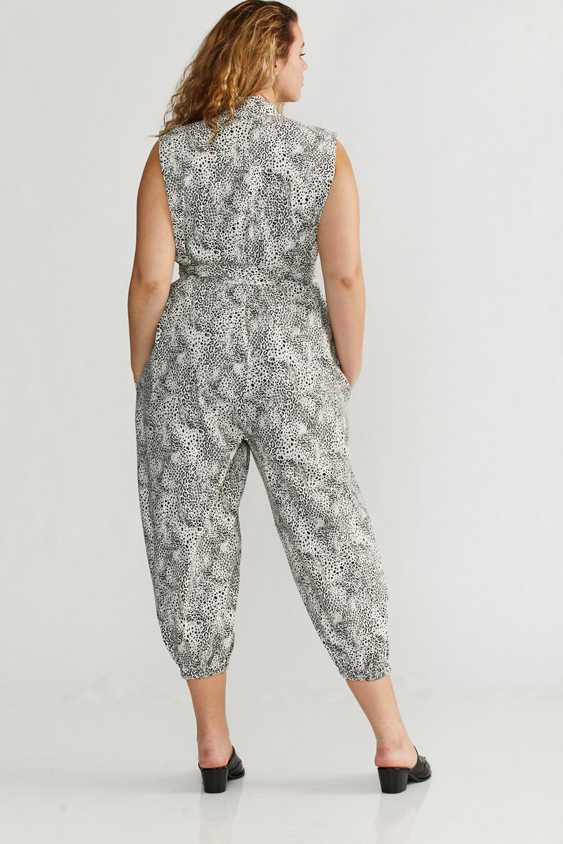🌞Summer 2021 -  Vietnamese Maxi Jumpsuit - White Tiger