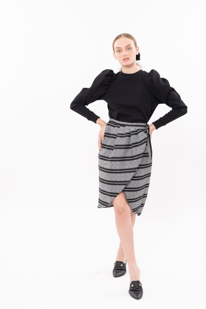 Winter 20 - Wrap Skirt - black