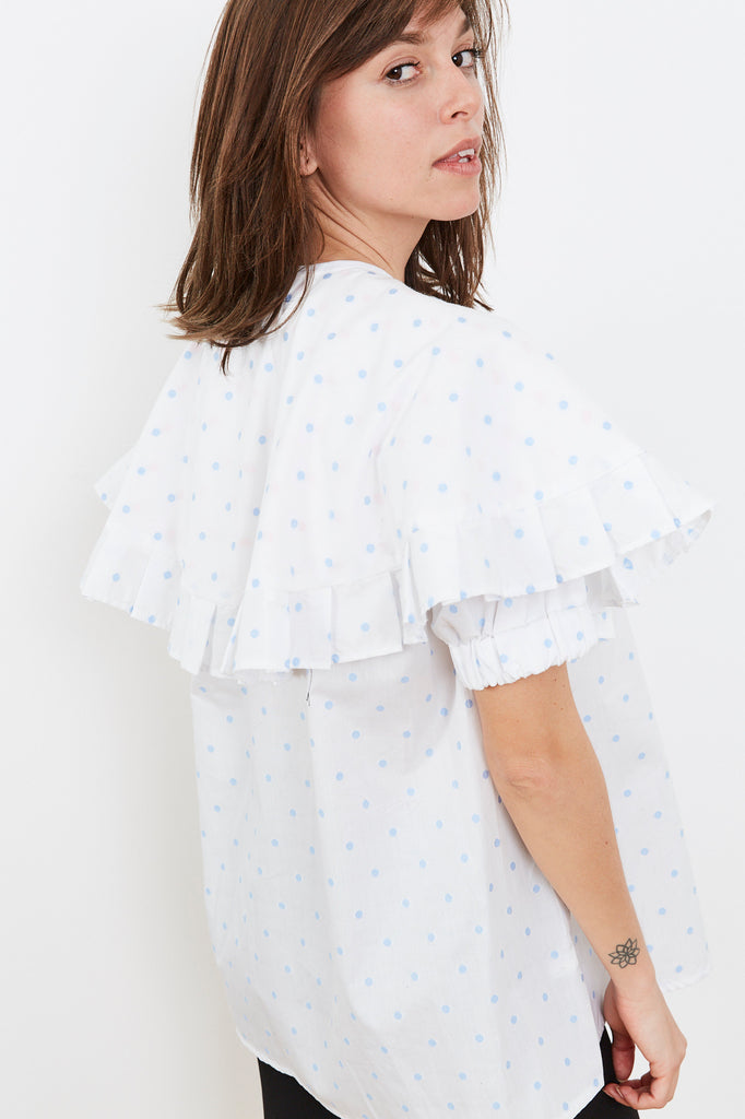Summer 2020- Cape shirt in white and baby blue dots