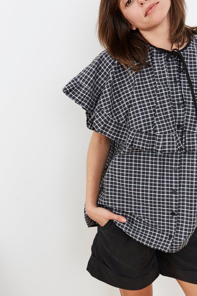 Summer 2020- Cape shirt in black and grey checkers
