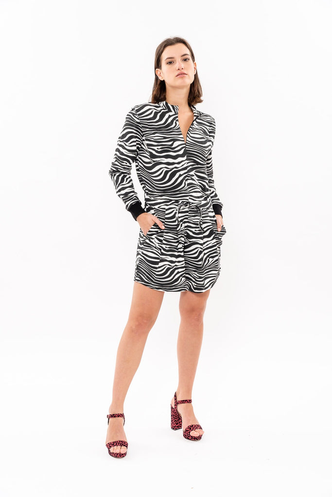 Winter 19 -  Long sleeves short Jumpsuit - Black and White was 262$ now 164$