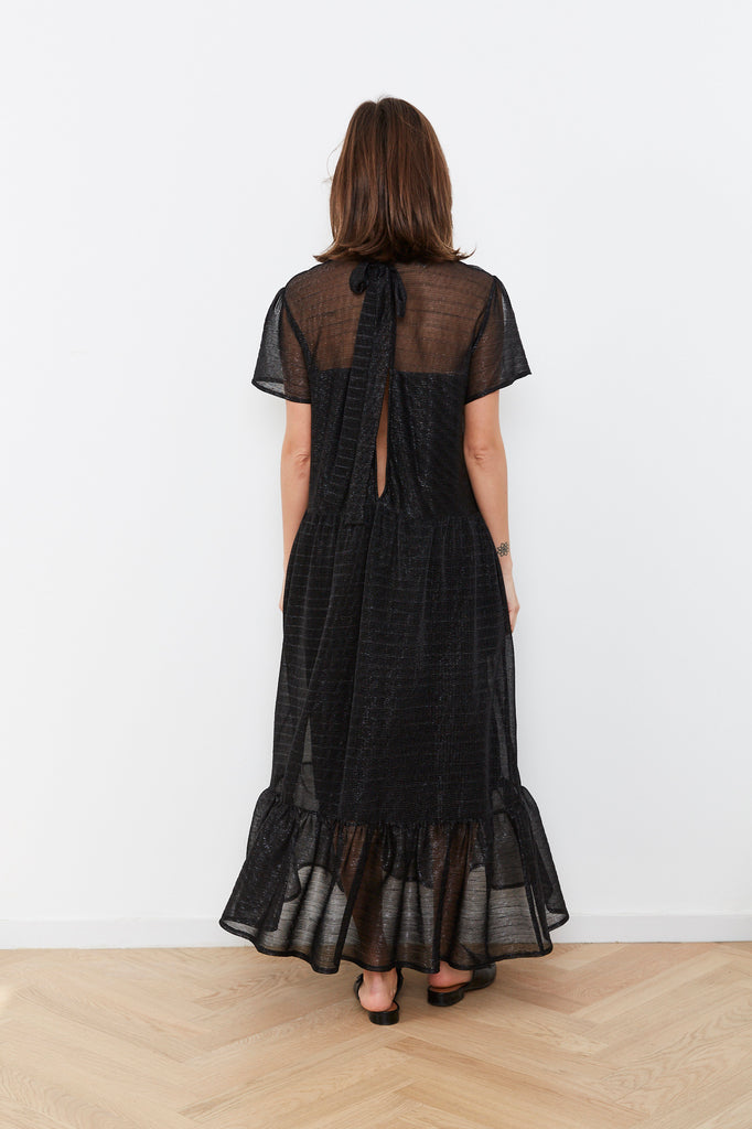 Summer 2020 - Meghan - Black