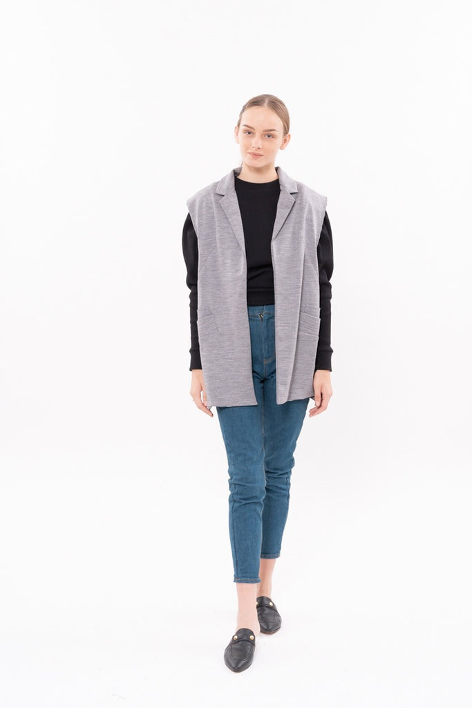 WINTER 20 - BOYFRIEND SLEEVELESS BLAZER-