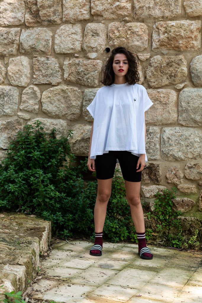 Cropped cut T-Shirt with Moon embroidery
