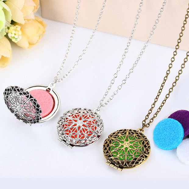 Aromatherapy Oil Essential Diffuser Locket Pendant Necklace