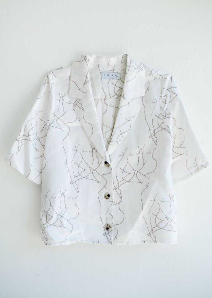 Fiorenza Blouse - Cropped Sleeve Illustrated Shirt