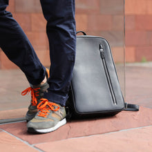 City Backpack: Black