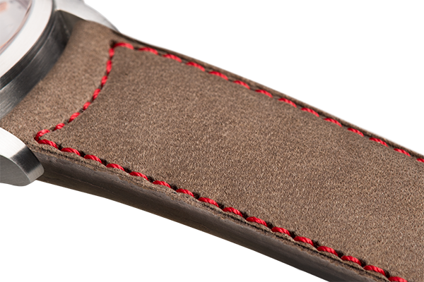 Classic Taupe Nubuck Red