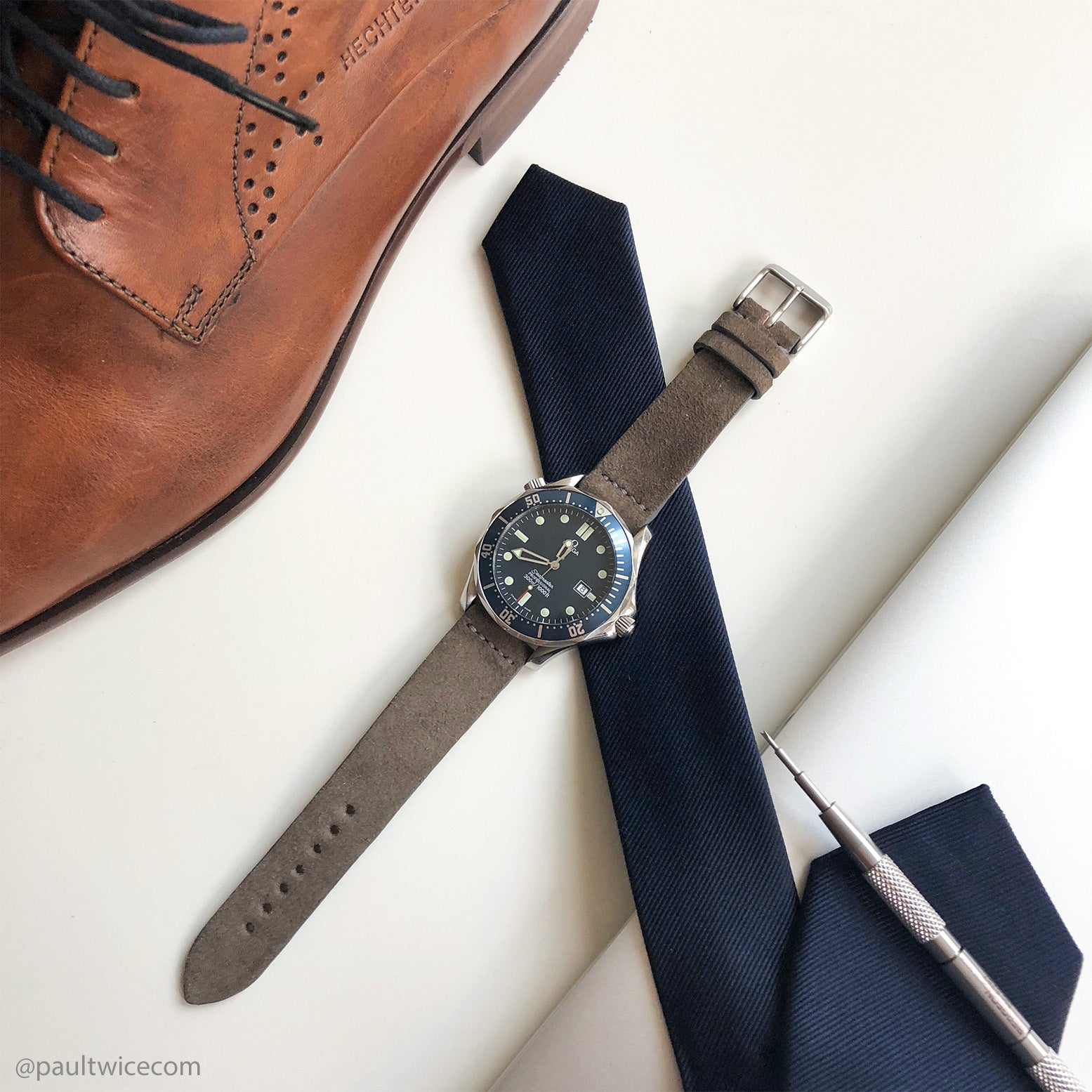 hunting-grey-suede-watch-strap
