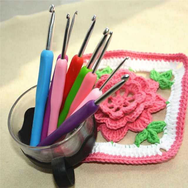16 Pcs/ Set Plastic Handle Crochet Hooks Knitting Needles Stitches Set 1.0mm-6.0mm Kit With Case Fp8