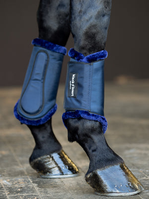 Quick Strap Brushing Boots - Navy Faux Fur