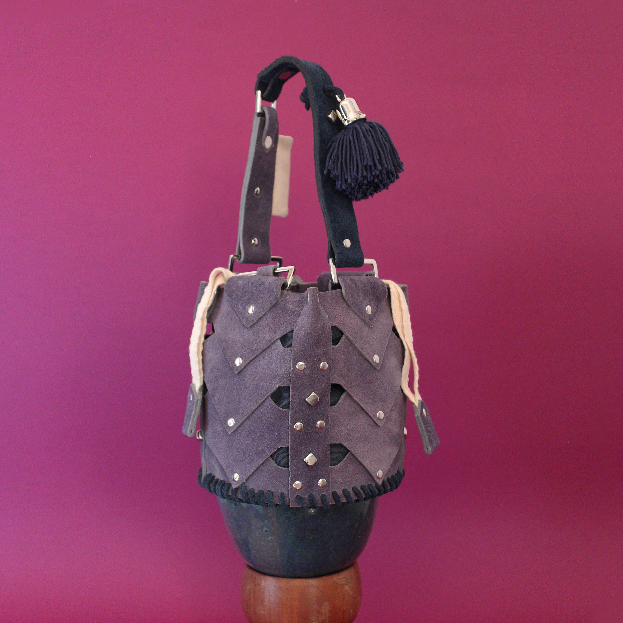Lilac Mini Vertebrae Bucket