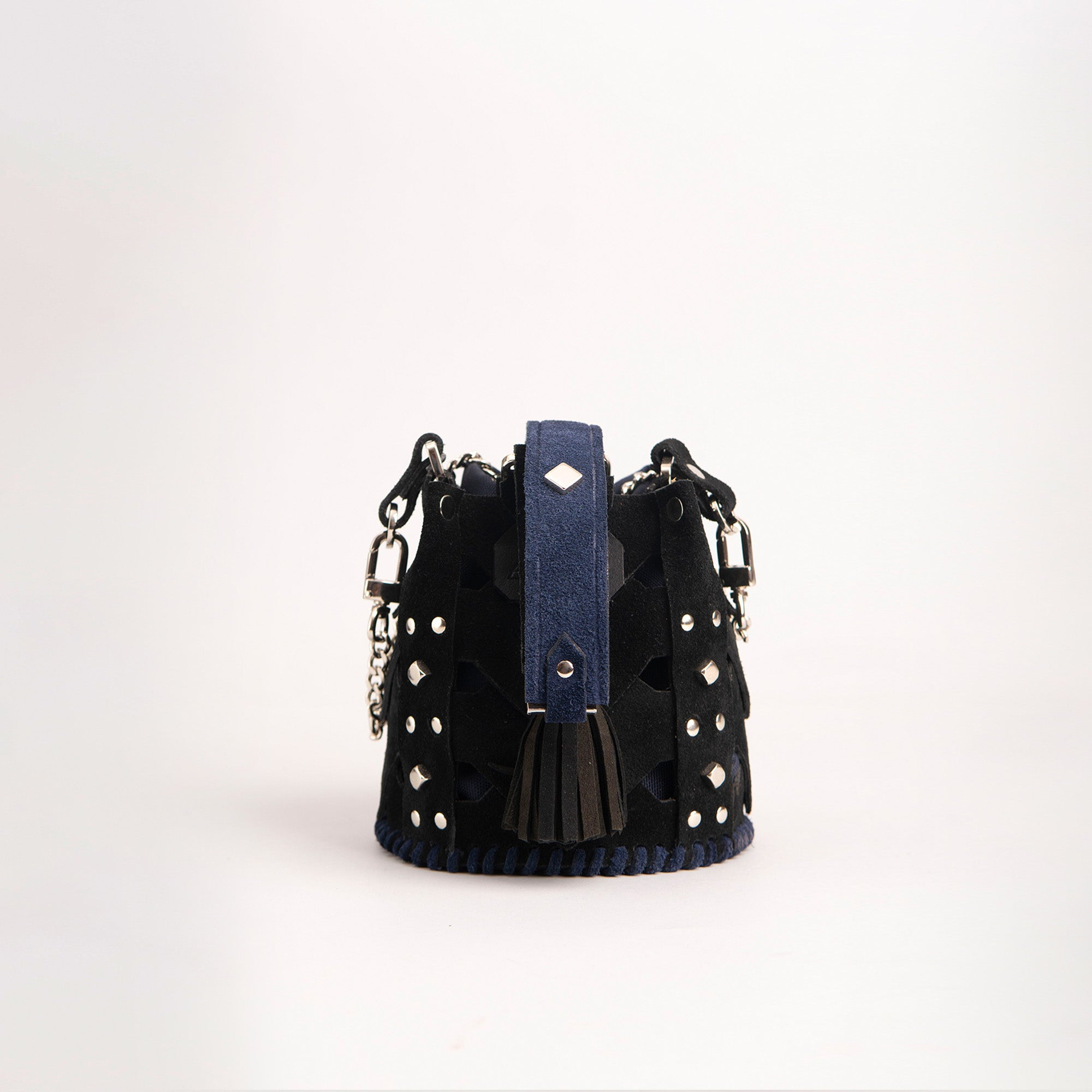 Vertebrae Mini, Black on Navy