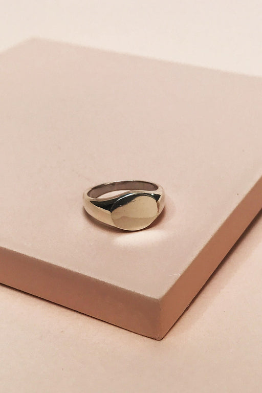 Tarin Thomas Arthur Signet Ring - Primary New York