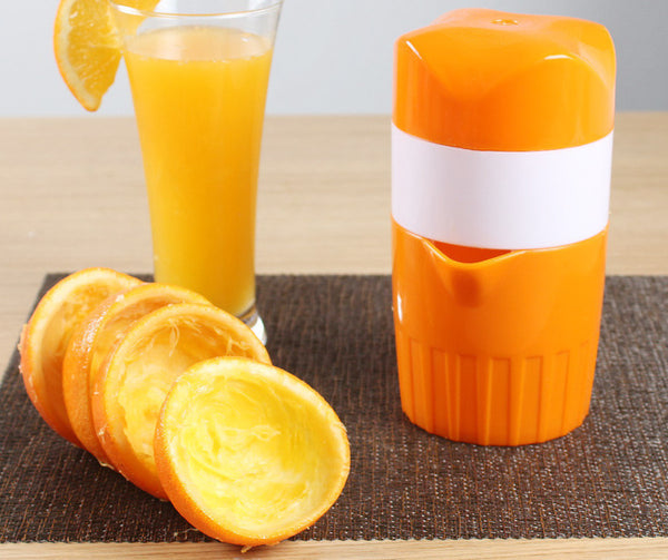 Built In Juicer Cup - Easy Squeezer For You!