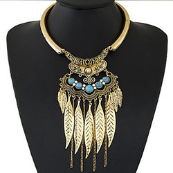 Women's New European Concise Fashion Metal Imitation Gemstone Leaves Tassel Necklace