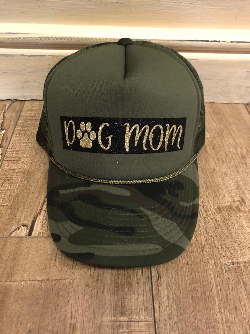 Dog Mom Graphic Hat