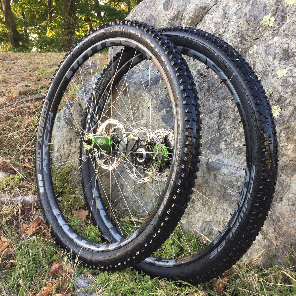Mountain bike wheel builds