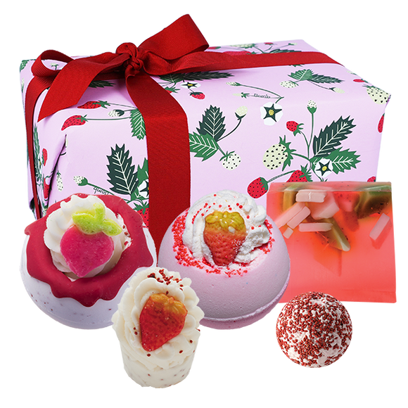 Strawberry Feels Forever Gift Pack