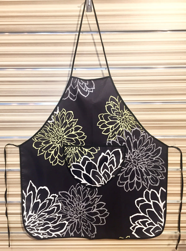 Apron - Water Resistant <strong>ASSORTED DESIGNS</strong>