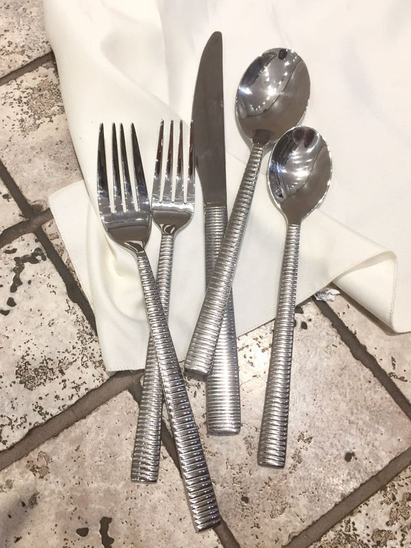 Saturn  Stainless Steel 20pc
